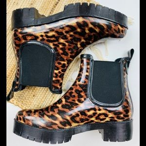 NEW Jeffrey Campbell CloudyV Chelsea Rain Boots 8